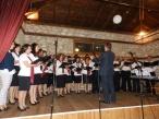 Χορωδία «Music Arte» του Μουσικού Συλλόγου Ελασσόνας, υπό τη διεύθυνση του Μαέστρου Κώστα Μάτη
